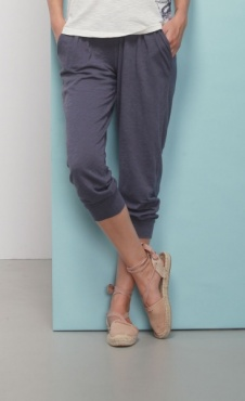 Jeansblue Cropped Pants