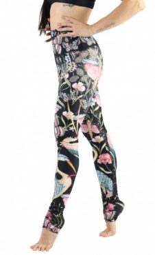 Pretty in Black Recycled Yoga Leggings