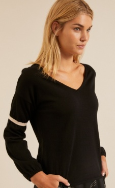 Lanius Oversized Pullover - Black / Shell