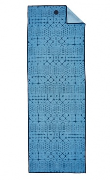 Star Dye Clear Blue Manduka Yoga Towel